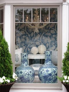 living room Glamorous Chic Life nice Cool Luxury House Designs And Floor Plans At Mexico Mix and Chic Blue And White China, Blue China, Blue Rooms, White Rooms, Delft, Home Interior, Interior Design, Modern Interior, Interior Styling