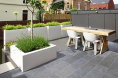 Roding tuinen hoveniers Haarlem - hoveniers gevonden in Haarlem en omgeving - Haarlemonline, vindt wat u zoekt in de regio Fiberglass Planters, Metal Planters, Wooden Decks, Outdoor Furniture Sets, Outdoor Decor, Back Gardens, Garden Planning, Garden Inspiration, New Homes