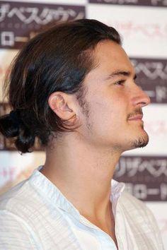 Ornaldo Bloom bun hairstyle