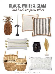 Tropical Vibes, Tropical Decor, Coastal Homes, Coastal Decor, Decorating On A Budget, Porch Decorating, Spanish Apartment, Green Throw Pillows, Guest Room Decor