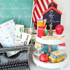 🍎HAPPY MONDAY🍎 It's time for another week of We had so many beautiful entries this week that it was hard to choose one! School Centerpieces, School Decorations, September Decorations, Kitchen Decorations, Back To School Breakfast, Back To School Party, Back To School Displays, Tiered Stand, Vintage School