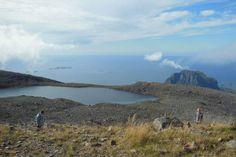 Gullsvågfjellet 725 moh Røssvatnet nedenfor toppen