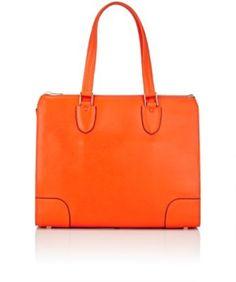 VALEXTRA Babila Shoulder Bag. #valextra #bags #shoulder bags #hand bags #leather #