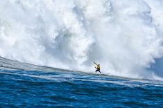 Killer photos by Jay Watson of Mavericks surfing and spots north. Love his work