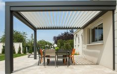 Pergola Austral by Roche Habitat Diy Pergola, Wood Pergola, Pergola Shade, Pergola Kits, Pergola Ideas, Pergola Attached To House, Pergola With Roof, Patio Roof, Backyard Patio