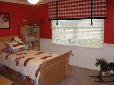 Nice looking Boys Bedroom