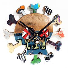 Hey, I found this really awesome Etsy listing at https://www.etsy.com/listing/232497635/skull-and-bones-skateboard-wall-clock