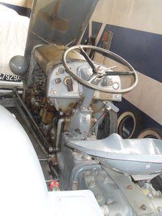 Vintage Tractors, Old Tractors, Diesel Cars, Old Farm, Model, Antique Tractors, Trucks, Scale Model