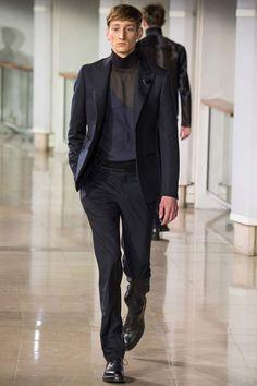 Collo alto e blazer: quando l'unione fa la forza (e lo stile) - Style - Il Magazine Moda Uomo del Corriere della Sera