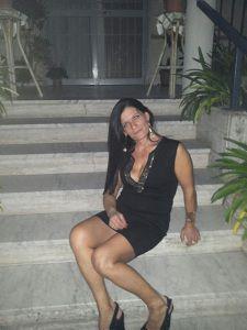 Mena, 41, Grosseto   Ilikeyou - Incontra, chatta, esci