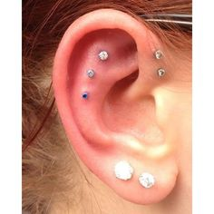 Those cartilage piercings are so cool Ear Piercings ❤ liked on Polyvore featuring piercings and accessories