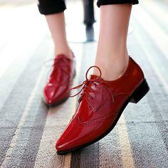 Estilo neutro Casuais Saltos Baixos Apontou Toe Rendas Até sapatos de Couro Sapatas Das Mulheres Tornozelo Cut out Oxfords em Apartamentos das mulheres de Sapatos no AliExpress.com   Alibaba Group