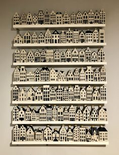 KLM Delft Blue houses display I Own this design and property Pottery Houses, Ceramic Houses, Putz Houses, Bird Houses, Kim House, Dutch House, House Drawing, Camping Crafts, Deco Design