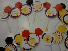 You can't go wrong with a Mickey Mouse party! Great ideas!