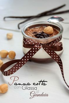 panna cotta vaniglia e glassa di cioccolato gianduia