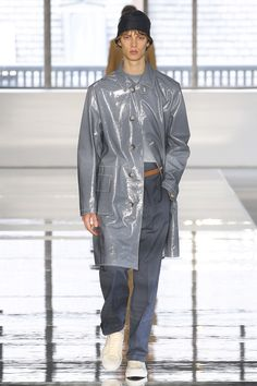 Boss Spring 2018 Menswear Fashion Show Collection