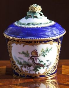 A Sèvres bleu lapis sugar-bowl and cover possibly 18th century #sevres
