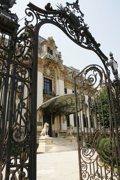 București (Bucharest, Romania) - Palatul Cantacuzino by jaime.silva, via Flickr
