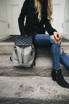VENQUE 2016 F/W Lookbook - Woman Backpack Series 도시적이며 미니멀함을 강조한 디자인