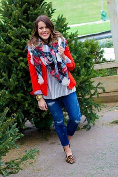 Winter outfits ideas in pop colors http://www.justtrendygirls.com/winter-outfits-ideas-in-pop-colors/
