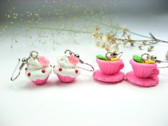 Suze likes, loves, finds and dreams: Cake, Cookies & Cupcakes Weekend: Cupcake & Tea Earrings