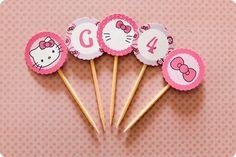 Festa Pronta - Hello Kitty - Tuty - Arte & Mimos www.tuty.com.br Que tal usar esta inspiração para a próxima festa? Entre em contato com a gente! www.tuty.com.br #festa #personalizada #party #tuty #aniversario #bday #hellokitty #rosa #lilas #purple #pink