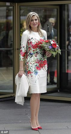 Queen Maxima is perfectly co-ordinated in Berlin #dailymail