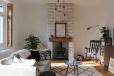 Házprojekt: A-tól Z-ig a kandallónkról Renovations, Living Room, Old House, Living Room With Fireplace, House, Room, Fireplace, Home And Family