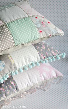 Patchwork cushions tutorial | by toriejayne
