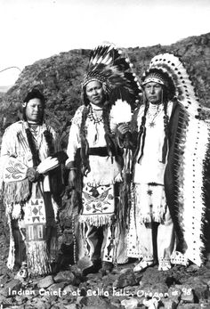 Indian chiefs at Celilo Falls, Oregon