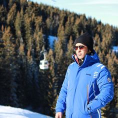 1/15 Sheikh Mansoor and friends in Courchevel, France PHOTO:  bunawas8
