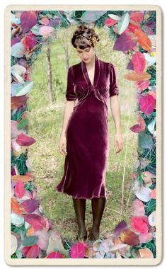 Sable midi dress in rosewood silk velvet