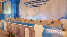 Evento Anemia Renal Team Congress. 2007 Mesa presidencial y micrófonos