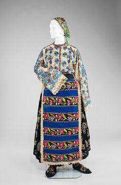Folk dress, late 19th century, Russian.