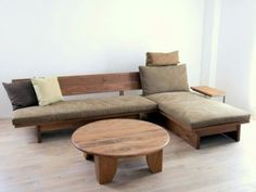 How to Find Great Ideas for Do It Yourself Sofa Wooden Sofa Designs, Wooden Sofa Set, Wood Sofa, Home Decor Furniture, Sofa Furniture, Pallet Furniture, Furniture Design, Furniture Movers, Furniture Outlet