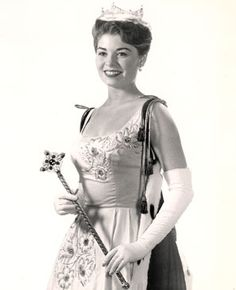 Donna Axum (b. 1942) (Miss America 1964)  Born in El Dorado, AR, Ms. Axum received her Master's degree from the University of Arkansas in Speech and Drama (1968). She was the first Miss Arkansas to be crowned Miss America (1964) and authored The Outer You, The Inner You. Currently, Ms. Axum lives in Fort Worth, Texas.    www.arkansaswomen.org