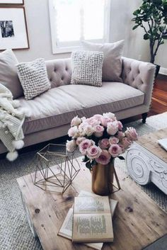 Outstanding How to bring the Danish Hygge trend to your home. thepatranilaproje… The post How to bring the Danish Hygge trend to your home. thepatranilaproje…… appeared first on Feste Home Deco . Living Room Decor On A Budget, Cozy Living Rooms, Apartment Living, Living Room Designs, Cozy Apartment, Living Spaces, Apartment Couches, Apartment Ideas, Living Area