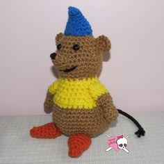 A couple of years ago my sister asked me to make her a Gus, the fat, lil mousie from Cinderella! I had some Bernat Soft yarn on hand in just the right colors so I whipped him up! I wrote up the...