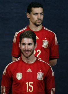 Así es la nueva camiseta de la selección española para el Mundial 2014 | Intereconomía | 1111779