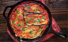 Eggplants in Tomato Garlic Sauce [Vegan, Grain-Free] | One Green Planet