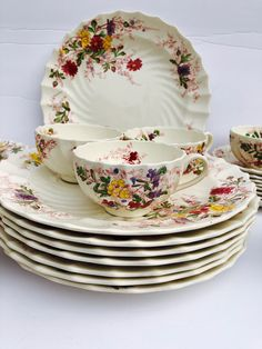 Excited to share this item from my shop: Rare 50 Piece Antique Set of Copeland Spode England (Fairy Dell) Fine Bone China Antique Dishes, Vintage Dishes, Vintage China, Vintage Teacups, Dinnerware Sets, Classic Dinnerware, Fine China Dinnerware, Everyday Dishes, China Plates