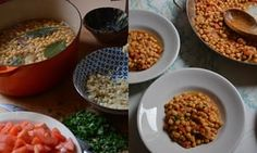 Braised chickpeas with tomatoes, almonds and garlic