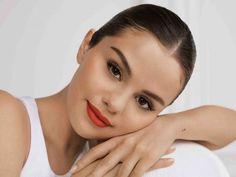 Rare Beauty by Selena Gomez arriva finalmente in Italia Selena Selena, Selena Gomez Foto, Selena Gomez Makeup, Selena Gomez Pictures, Selena Gomez Nails, The Blonde Salad, Sephora, Maquillage Selena Gomez, Emrata Instagram
