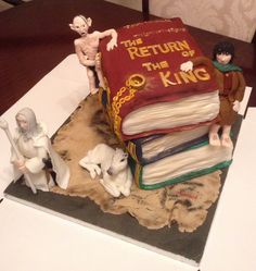 The Lord of the rings cake from Cakes By Nicky