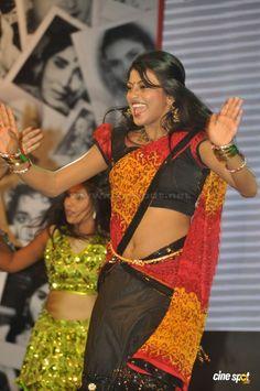 Hasika at Cinemaa Mahila Awards 2013 (13)