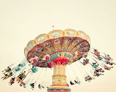 summer swing, photoby irene suchocki via blog eleonore bridge