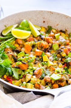 30 Minute Sweet Potato Skillet Recipe is healthy and delicious one pot meal. Skillet sweet potatoes with beans, corn, fresh lime juice and melted cheese on top. To die for vegetarian dinner with sweet potatoes! Vegan Sweet Potato Recipes, Healthy Dinner Recipes, Healthy Snacks, Vegetarian Recipes, Mexican Recipes, Healthy Habits, Tilapia, Sin Gluten, Sweet Potato Dinner