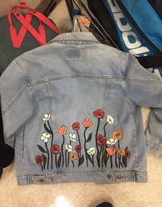 hand painted jean jacket on Mercari Painted Denim Jacket, Painted Jeans, Painted Clothes, Hand Painted, Diy Clothes Paint, Jean Jacket Design, T-shirt Broderie, Denim Art, Diy Vetement