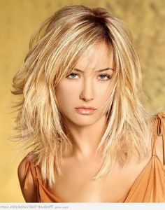Shoulder Length Layered Hairstyles With Bangs   Best Shoulder Length Layered Haircuts With Side Bangs For Wavy Hair ...