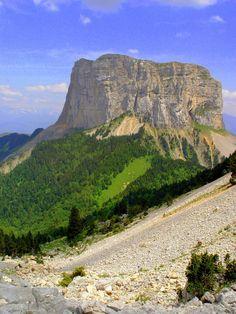 Le mont Aiguille (Vercors)